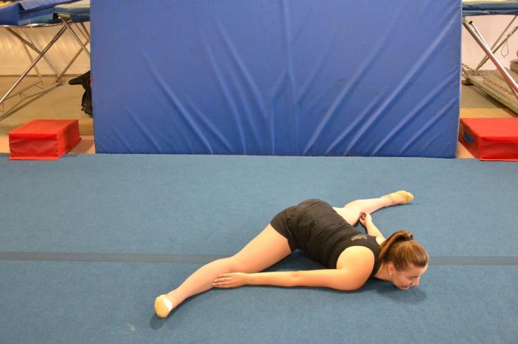 middle-splits